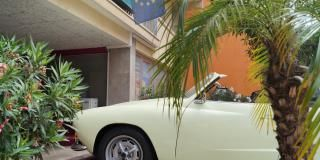 Menton - Rassemblement International Karmann Ghia